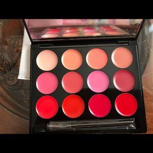 Brand new ISH statement lip palette